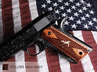 Colt 1911 Gvt. Classic Panel, Super Walnut, Spanish Diamond with Silver Colt Horse