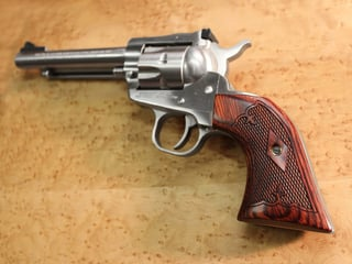 Ruger Blackhawk Slim Panel Super Rosewood Checkered Fleur-de-Lis