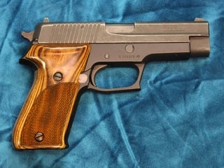 Sig 220D Classic Panel Checkered (Super Walnut Out of Stock. Please select Silverblack.)