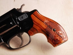 S&W J Round Boot Santos Rosewood Checkered Engraved
