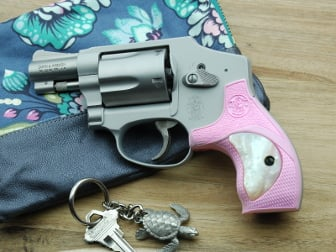 S&W J Round FALCONIA Pink Grip with White Pearl Insert