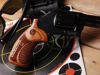 S&W K Round ALTAI Super Walnut Crocback/Stipple with Laser Logo & Label
