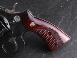 S&W K/L Square Classic Panel Super Rosewood Crocback/Stipple with Silver Medallions