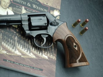 S&W K/L Square Roper Target American Walnut Checkered