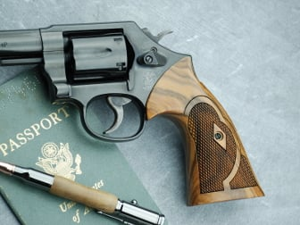 S&W K/L Square Roper Target Santos Rosewood Checkered