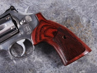 S&W K Square Target Super Rosewood Checkered